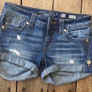 MISS ME denim shorts size 25